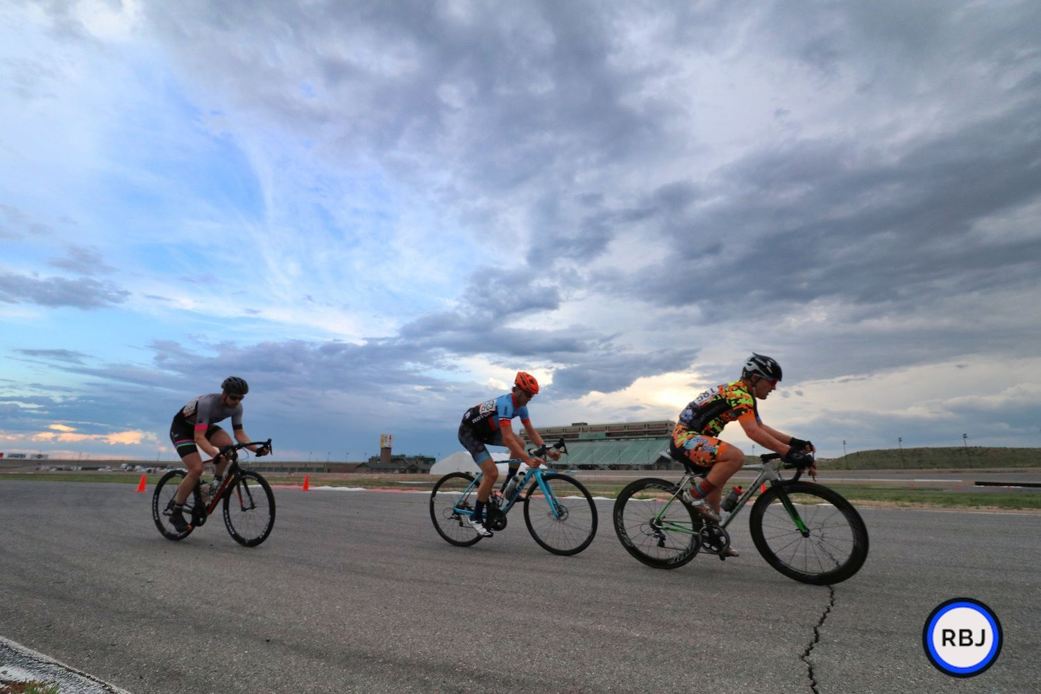 More action at the Colorado Springs Community Crits head at the Pikes Peak International Speedway. Photo courtesy of RBails Jeffrey Photography.