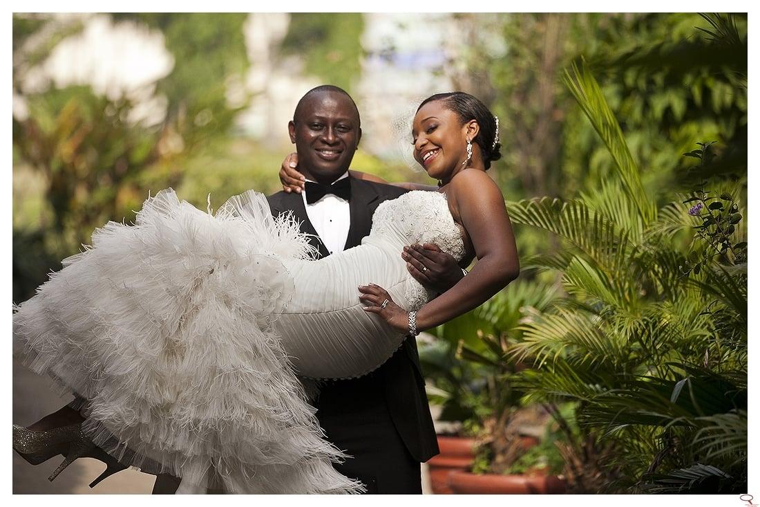 Top-Nigerian-Wedding-Photographer-Osarume-and-Bidemi-The-White-Wedding-097-single3(pp_m1293133449_a95_pBR).jpg