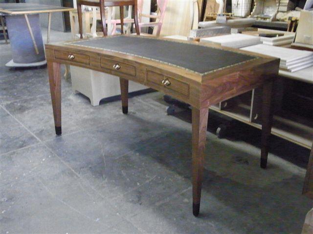 Cartlon desk ST 011.jpg