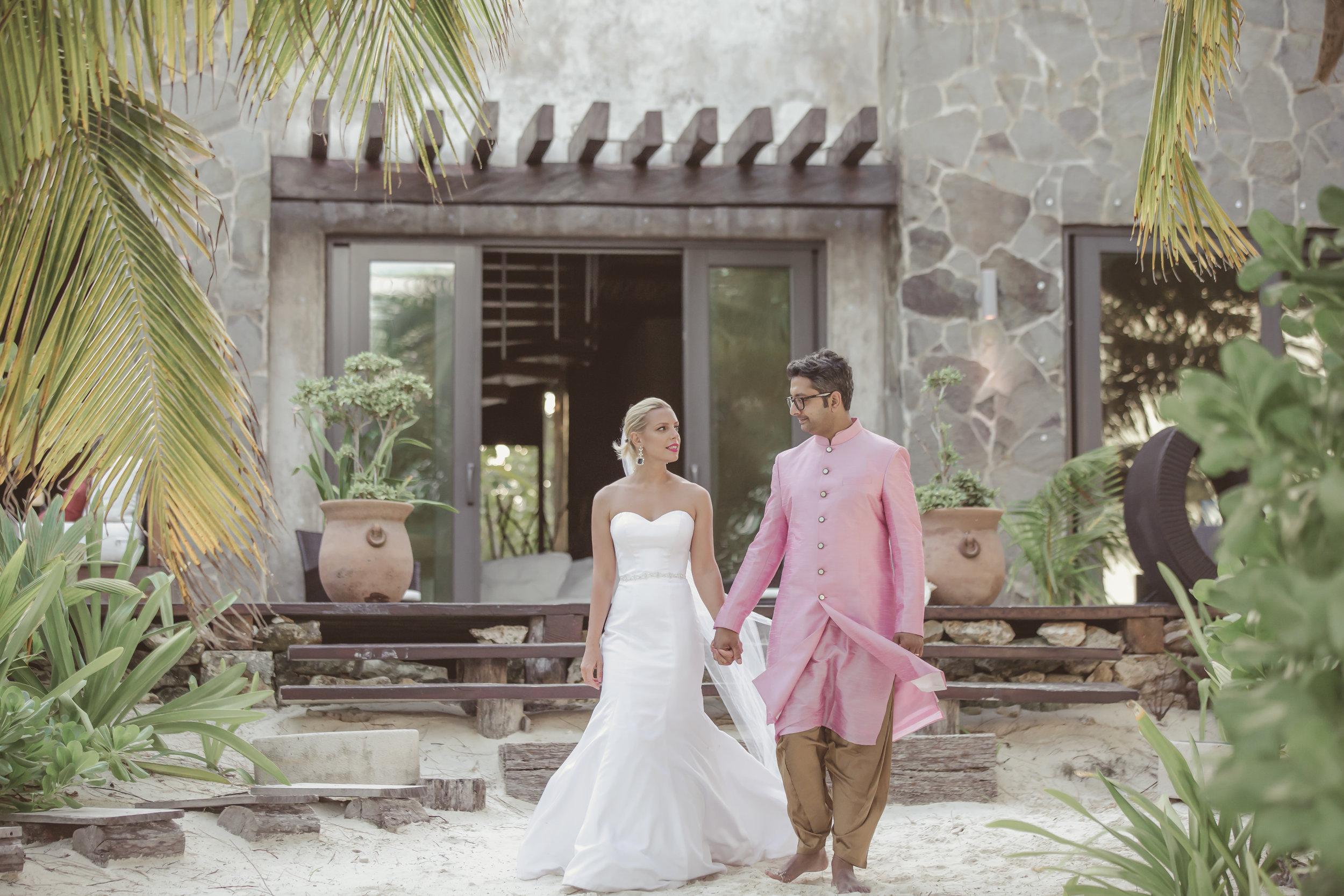 Beach wedding Eva-large.jpg