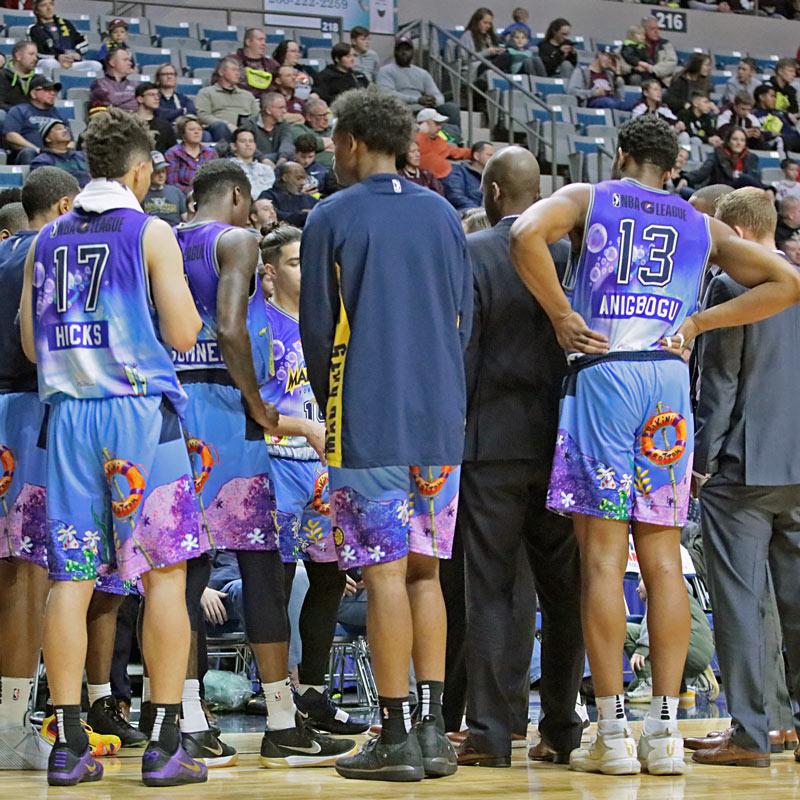 custom basketball uniforms