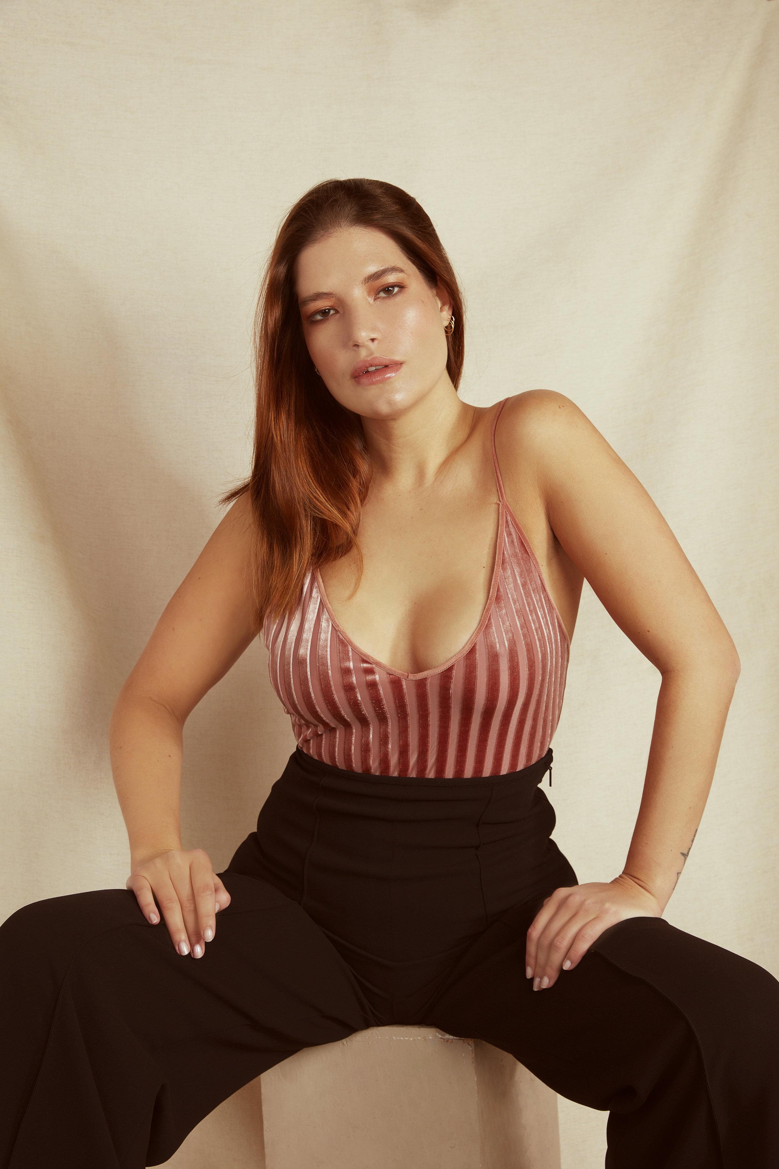 LAURA @ BRIDGE MODELS33016.jpg