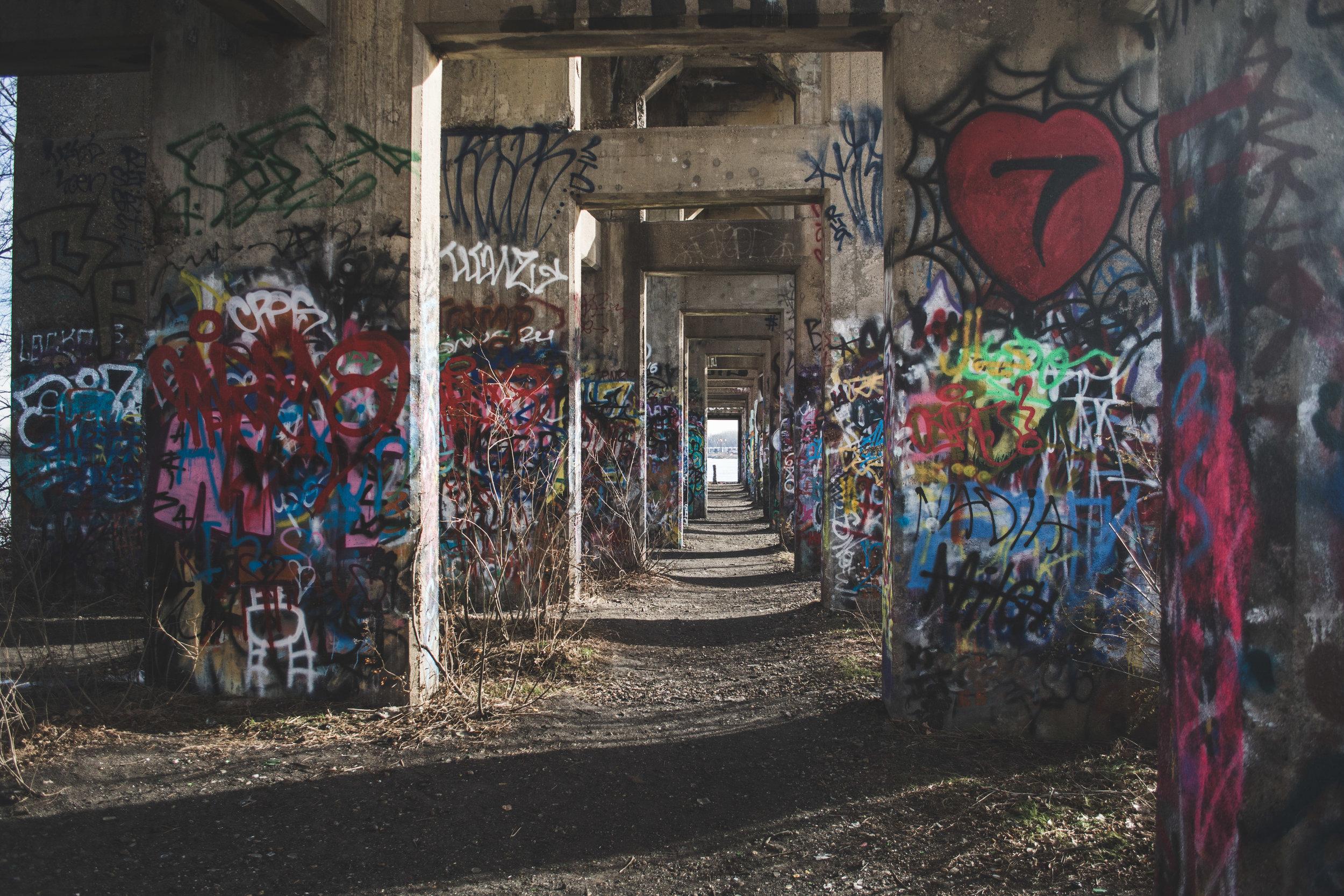 Grafitti Pier-7.jpg