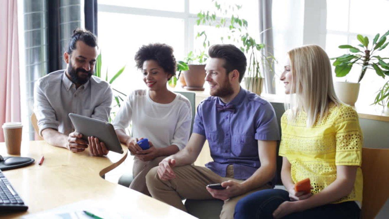 La mayor parte de las actividades llevadas a cabo a través de nuestras    cápsulas ,  pueden ser implementadas con carácter regular  dentro de la empresa. Descubre nuestras soluciones y no dudes en consultarnos tus necesidades y prioridades.