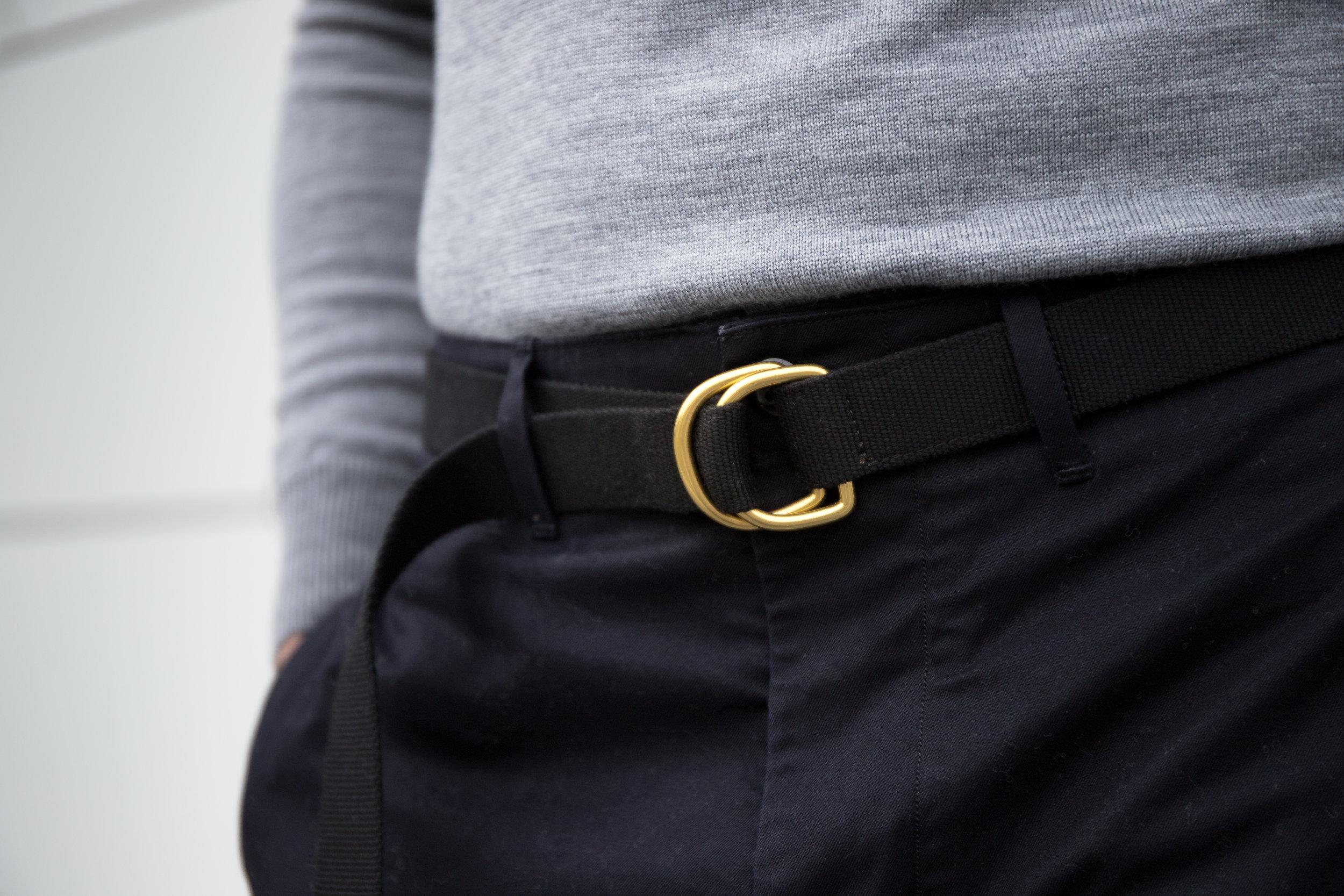 Belt: Dyemond Goods Woven belt //Top:  Dilor knitted turtle neck //Pants:  Bellerose Plano