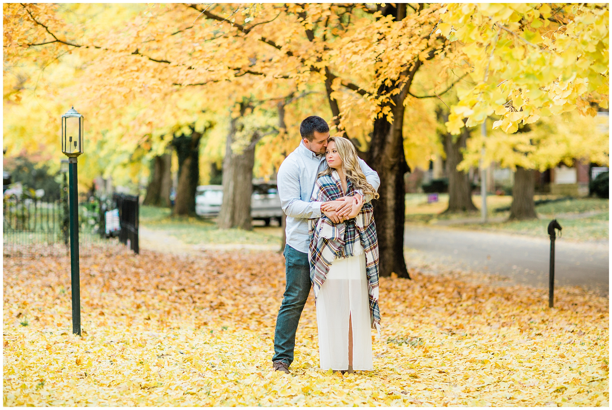 We are taking it back to Fall 2018 when the Ginko trees on Catalpa were bloomed (for a short amount of time). I don't always get to do sessions during this time because of how popular it is to do pictures on this famous Lexington road but I am so so happy Hunter and Danielle asked me to do their engagement pictures there last year. It may have been freezing, but I don't think these two cared one bit. I will be posting their winter wedding so soon, until then enjoy this beautiful fall session.