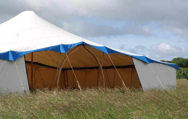 Wedding tent 4.jpg