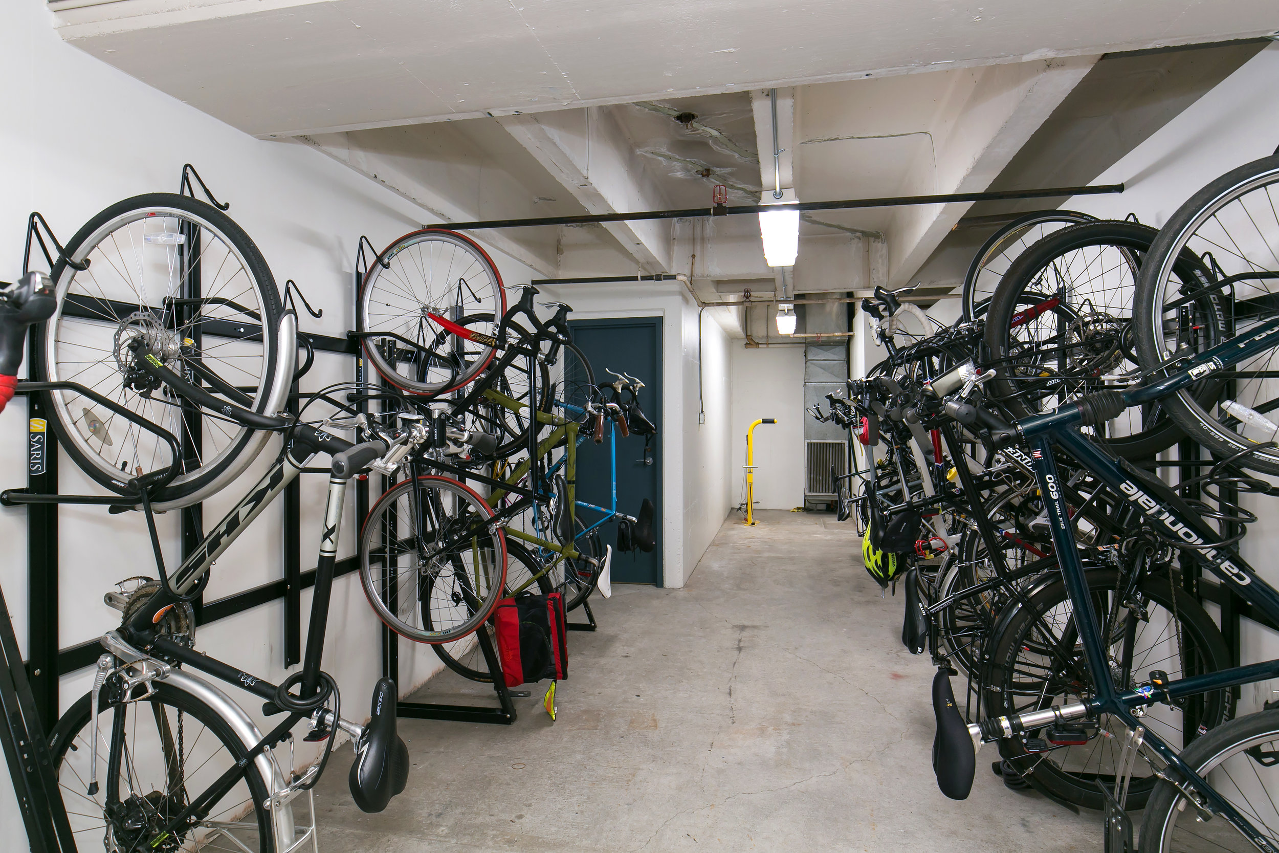 For Lease | Plaza 600 Building Seattle - Bike Storage