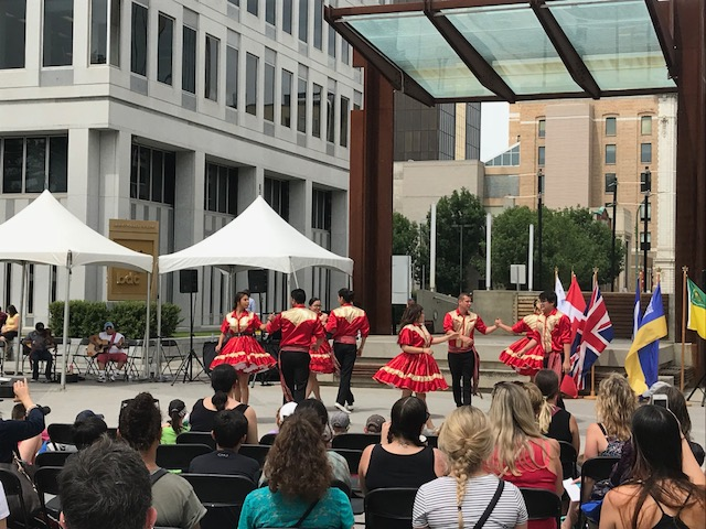 Performances by the  Creeland Dancers  and  Dallas & Phil Boyer. (2)