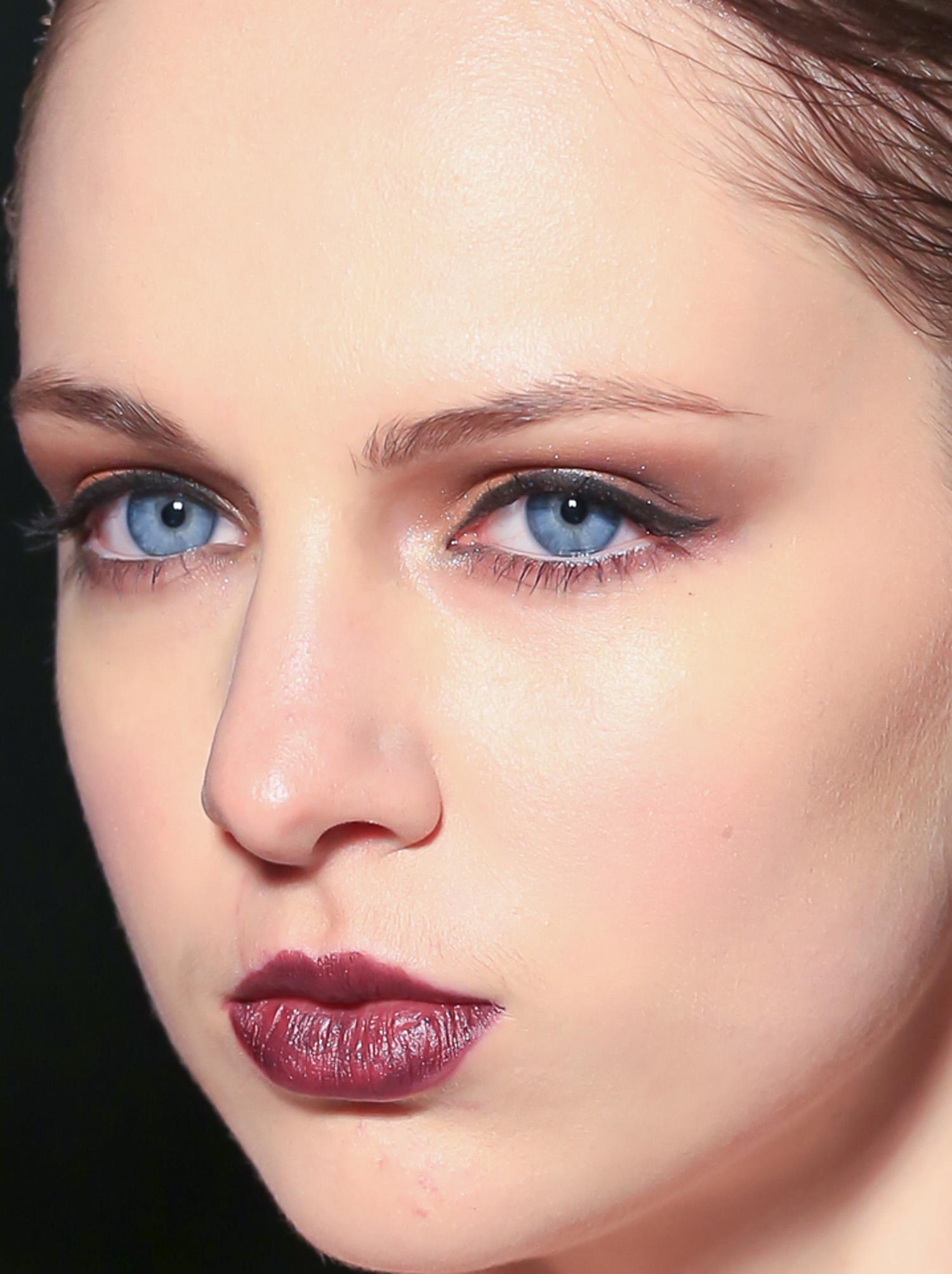 beauty_model_blue_eyes-1.jpg