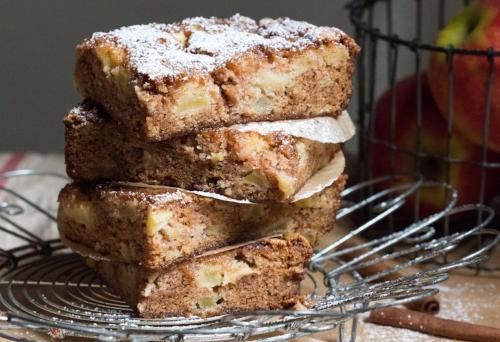 apple snack cake  1  4916 copy.jpg