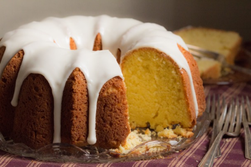 beard pound cake 5748 forks right.png