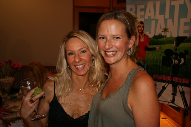 Heather (foodie phenom), Andrea (tri-athlete phenom)