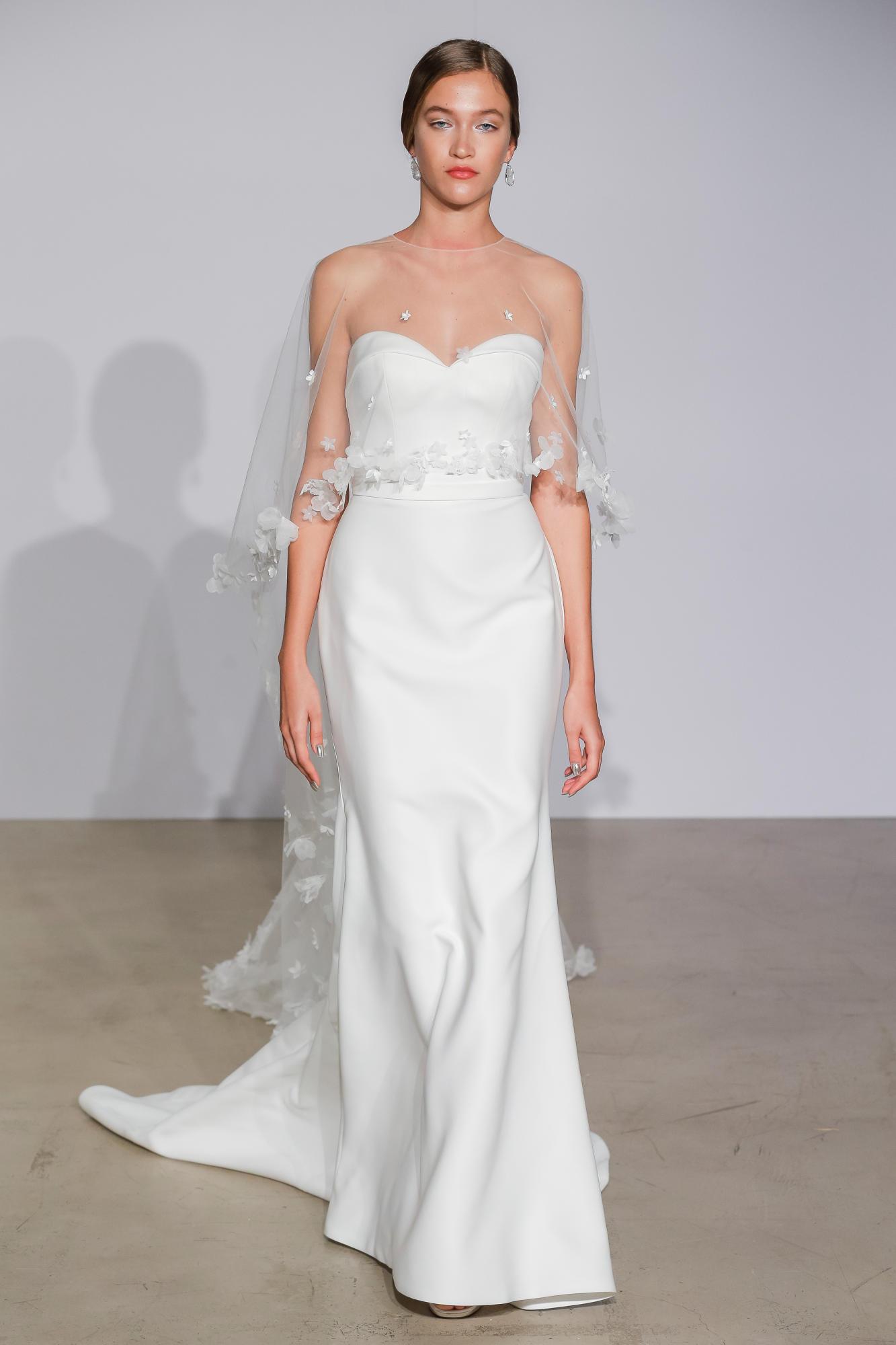 2018-Wedding-Dress-Trend-The-Stylish-and-Modern-Cape