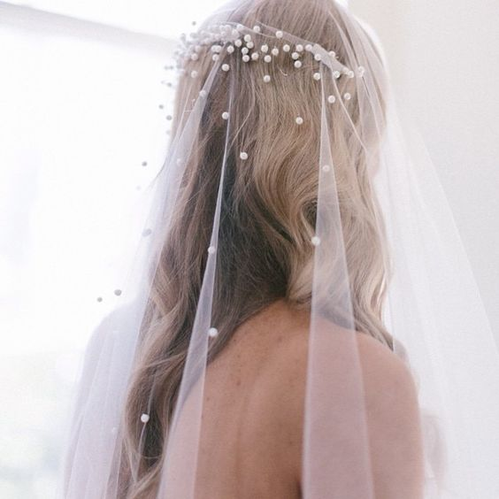 chic pearl wedding veil