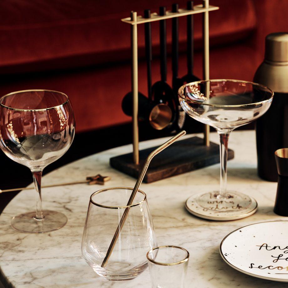 9.metallic-gold-wedding-tableware.jpg