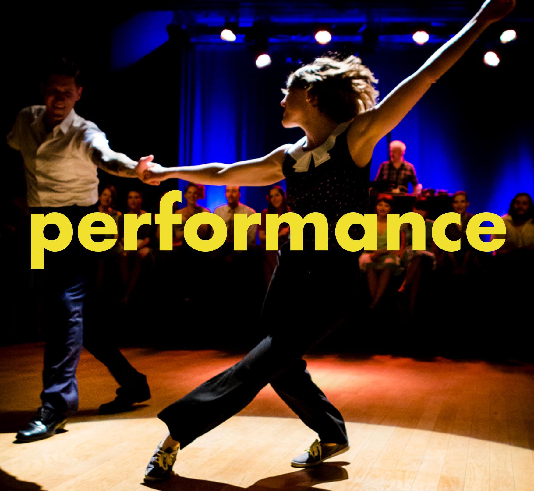 mo-performance2.jpg
