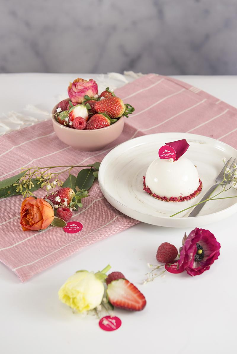 Rose Lychee Piece Cake
