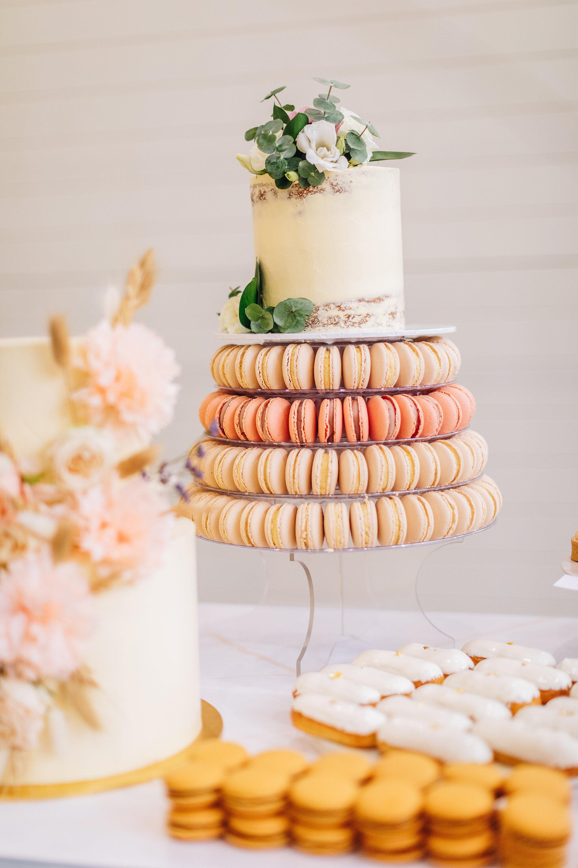 Wedding Custom Cakes Birthday Cakes Custom Cakes Sydney Brisbane Canberra Gold Coast Toowoomba Passiontree Velvet