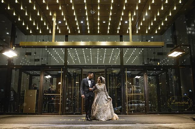 Classy and beautiful. @langhamchicago . . . . . #lumierephotographyus #chicagoweddingphotographer #chicago #nikon #photography #indianbride #indianwedding #pakistanibride #pakistaniwedding #thepakistanibride #maharaniweddings #theknot #shaadi #desiwedding #chicagophotographer #portrait #weddinginspiration #editorial #bride #makeup #wedding #weddingphotographer #weddingphotography #southasian #southasianwedding