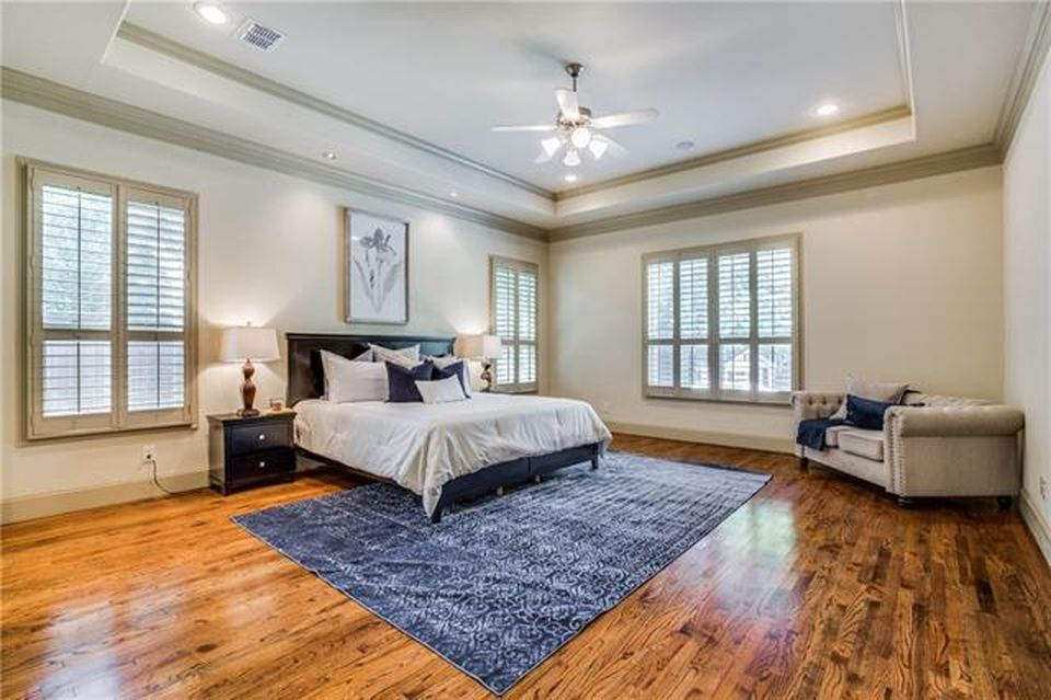 master bedroom zil.jpg