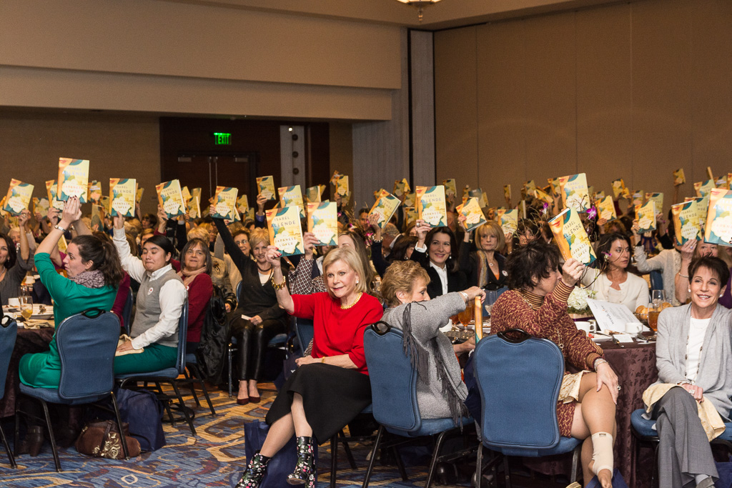 AuthorsLuncheon2015-92.jpg