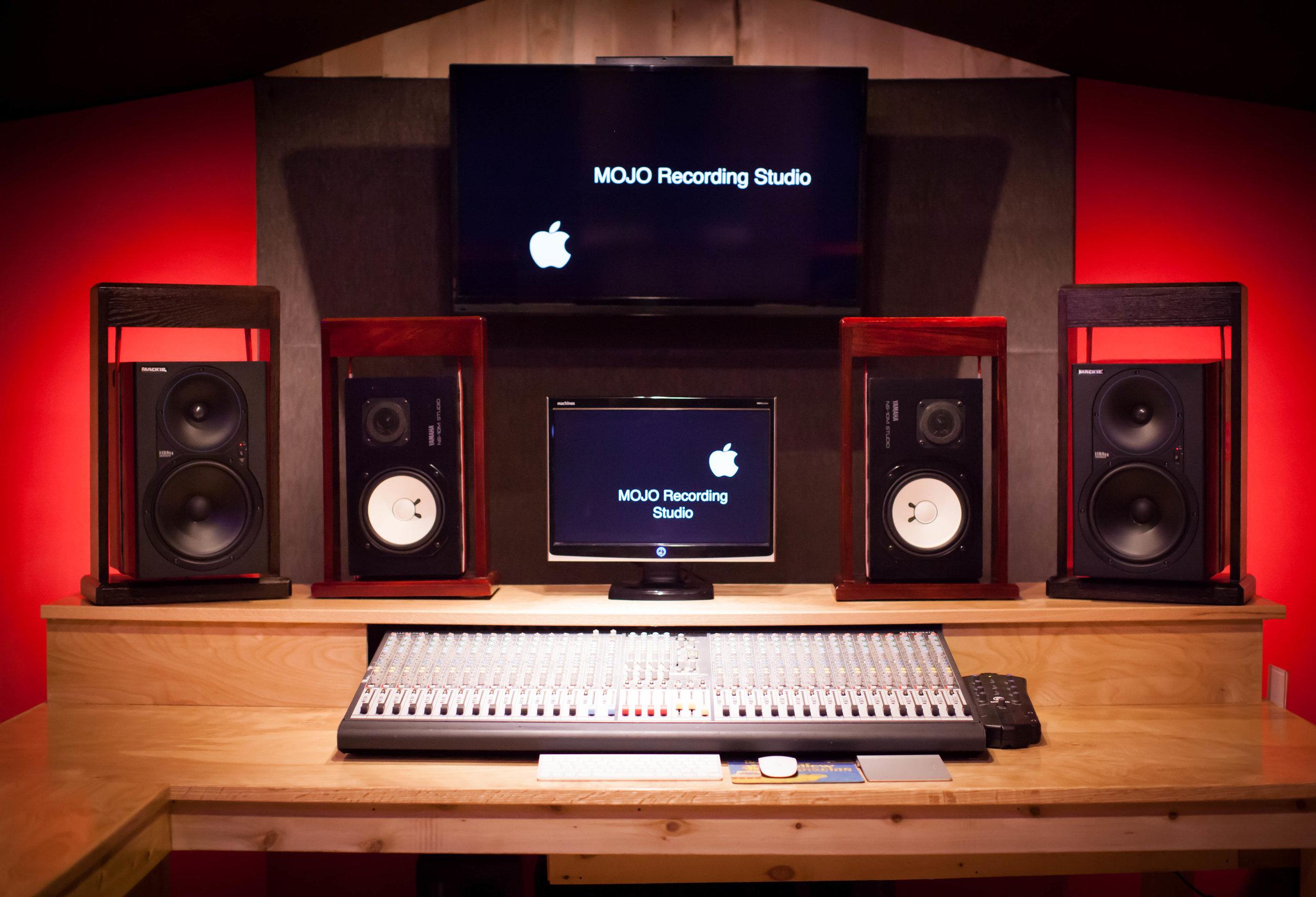 MegaBugPhotography_MojoProAudio-20.jpg
