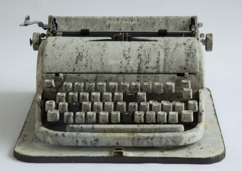2001_typewriter_sun.jpg