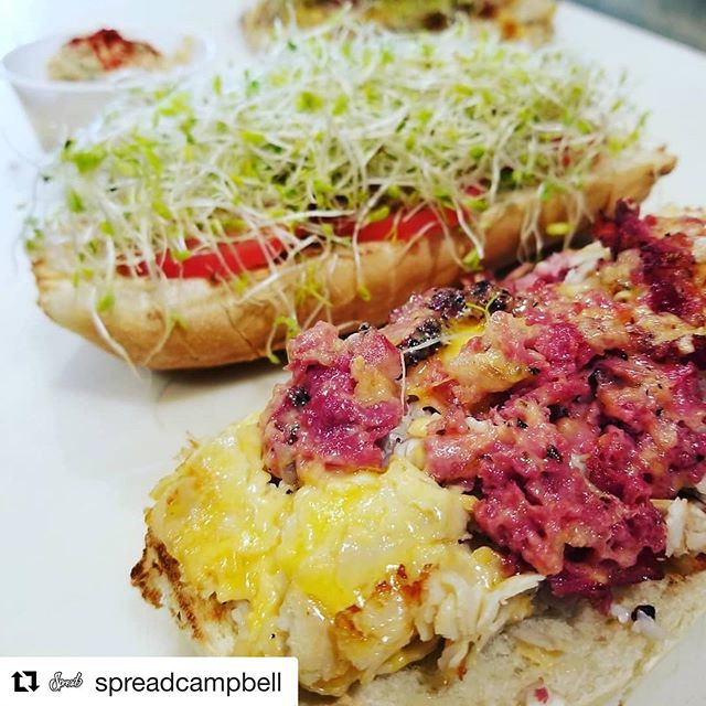 What better way to beat the heat then with the Signature Duchess sandwich and a cold pint of beer? #spreaddeli #foodporn #food #sandwiches #summer #sunshine #warmweather #hotday #weekend #chillout #beer #drinks #drinkfresh #dipsomania #downtowncampbell #nomnomnom
