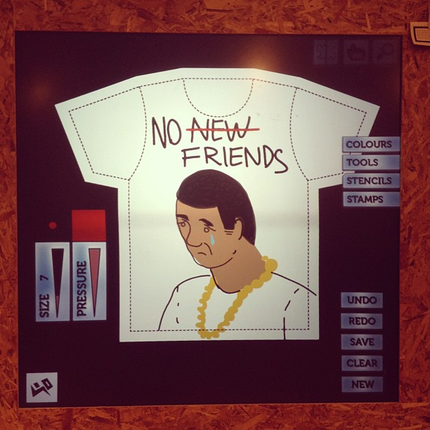 havin a laugh at  @yrstore_ldn  #drizzy #drake #nonewfriends  (at Yr-Store)
