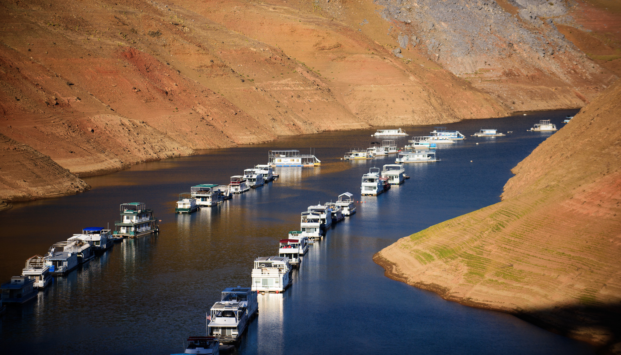 lake_oroville_boats_low_water_brittany_app.jpg
