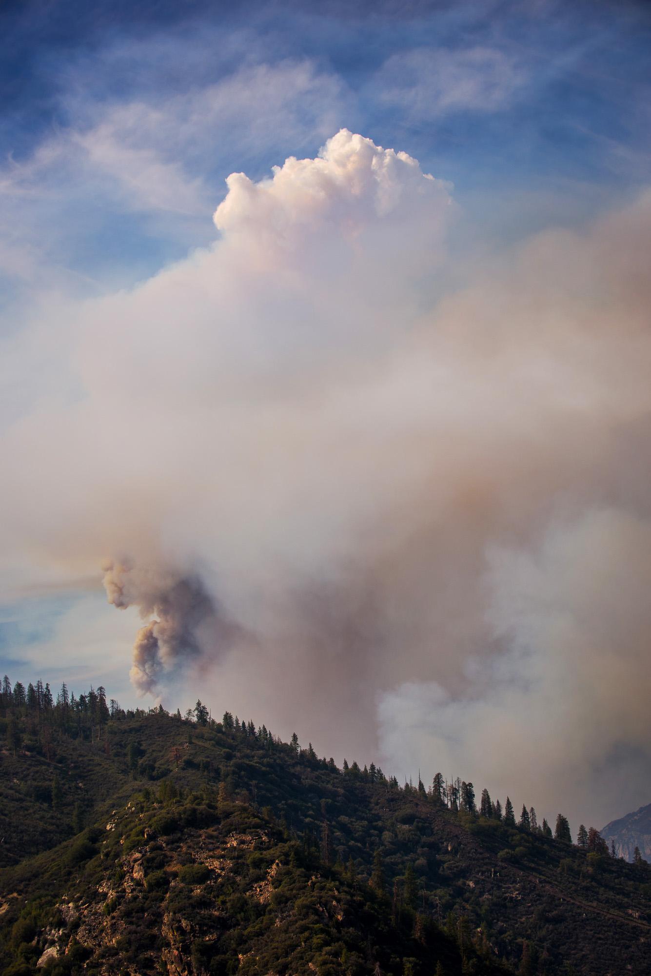 rough_fire_hume_lake_smoke_brittany_app.jpg