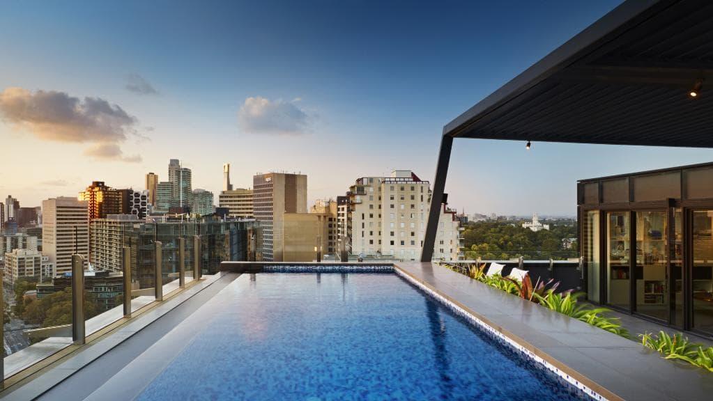 infinity edge pool Melbourne
