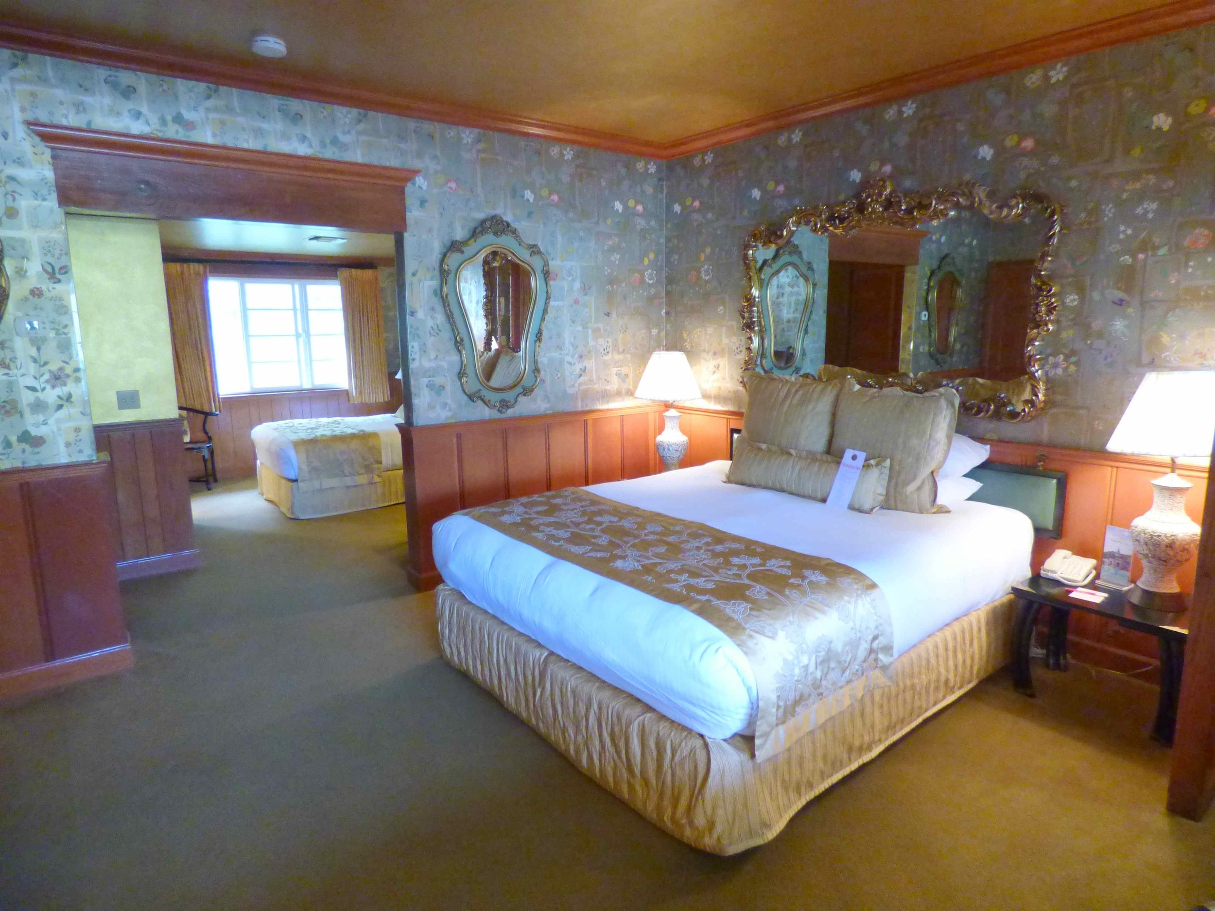 A Night In Madonna Inn And The World S Most Famous Restroom Paula Gaston