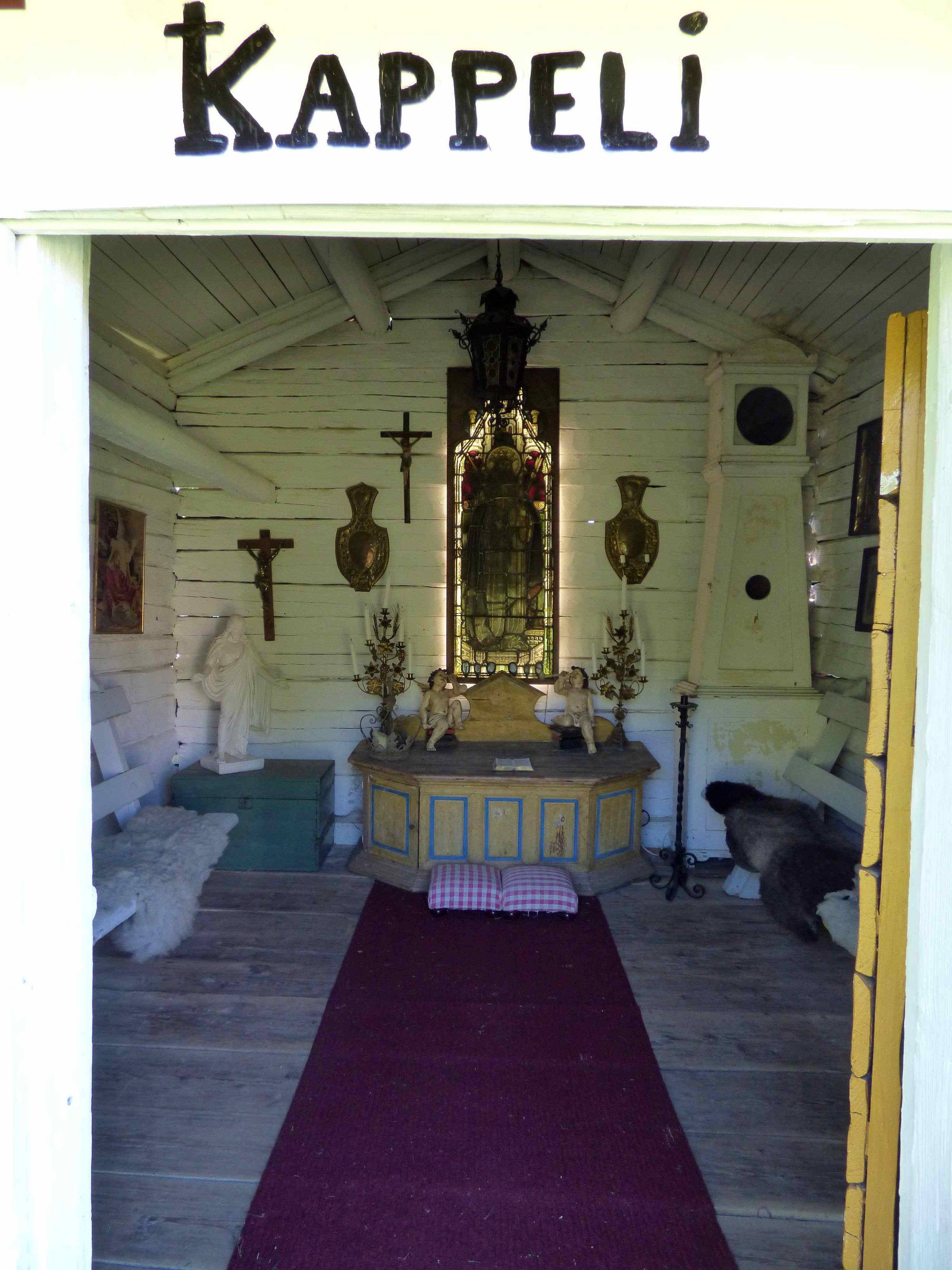 Yhdessä aitassa on kappeli