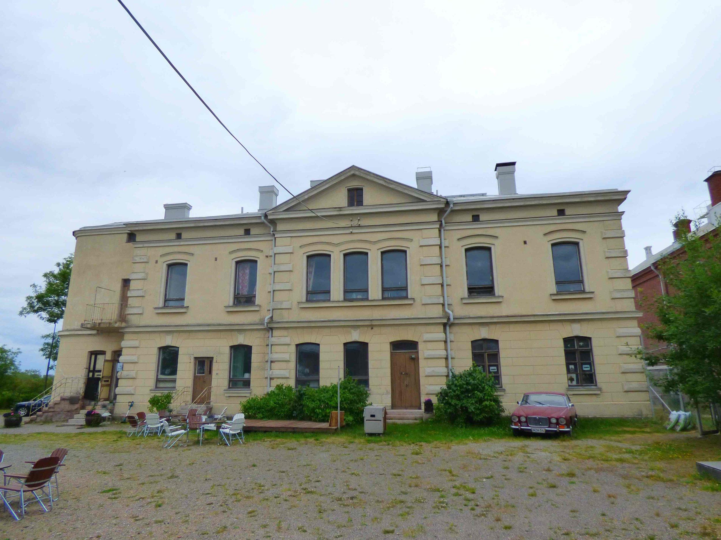 Vankilanjohtajan talo
