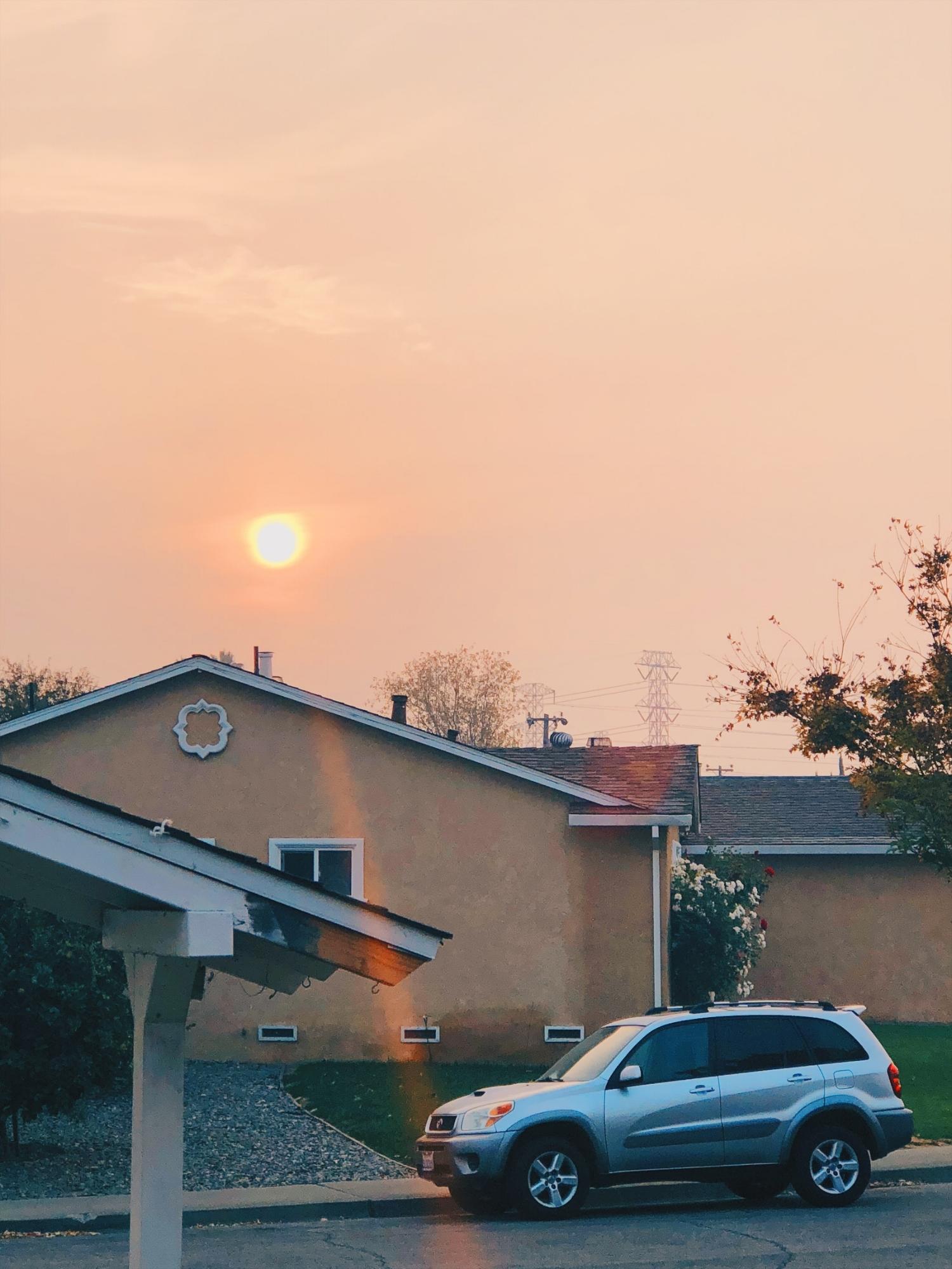 Sieltä se aurinko taas aamulla pilkistää… savun seasta.