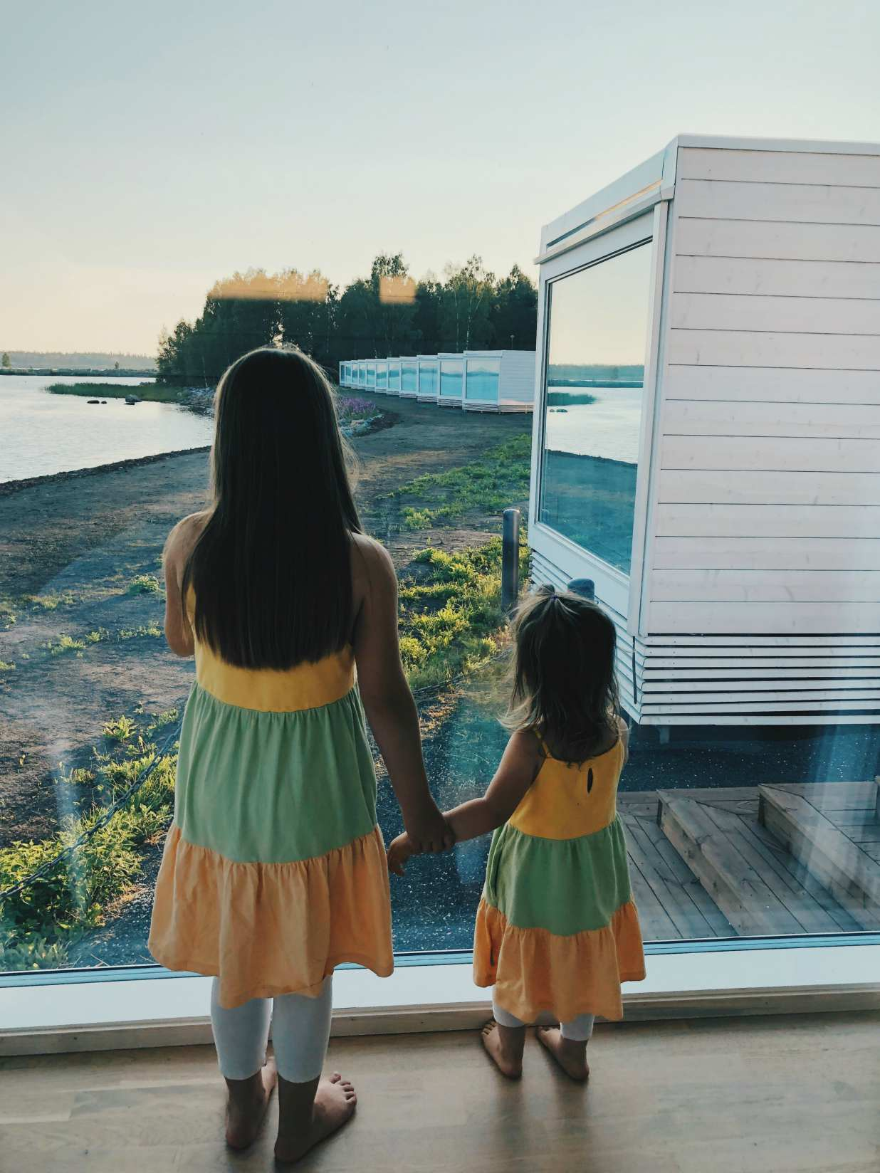 seaside_glass_villa_kids.jpg