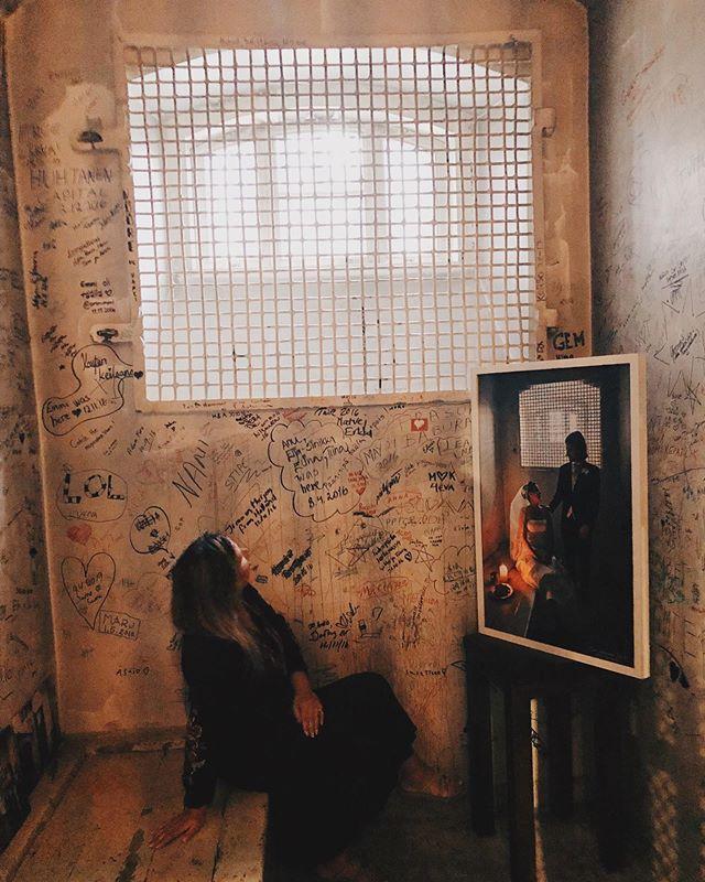 Memories from the summer. We stayed couple of nights at @hotelkatajanokka in Helsinki which is built in to an old county jail. Old prison cells are still there to remind visitors about the history. It was such an interesting and cool place. ⛓~ Muistoja kesältä. Yövyimme Hotelli Katajanokalla, joka on rakennettu vanhaan vankilaan. Pääsimme käymään myös vanhassa vankisellissä. * * * * #kaupallinenyhteistyö #hotelkatajanokka #helsinki #visithelsinki #tributeportfolio #prisonhotel #jailhotel #prison #katajanokka #katajanokkaprisonhotel #prisoncell #vankila #selli #visitfinland #discoveringfinland #travelblogger #familytravelblog #matkablogi #bloggaaja #suomi #jail