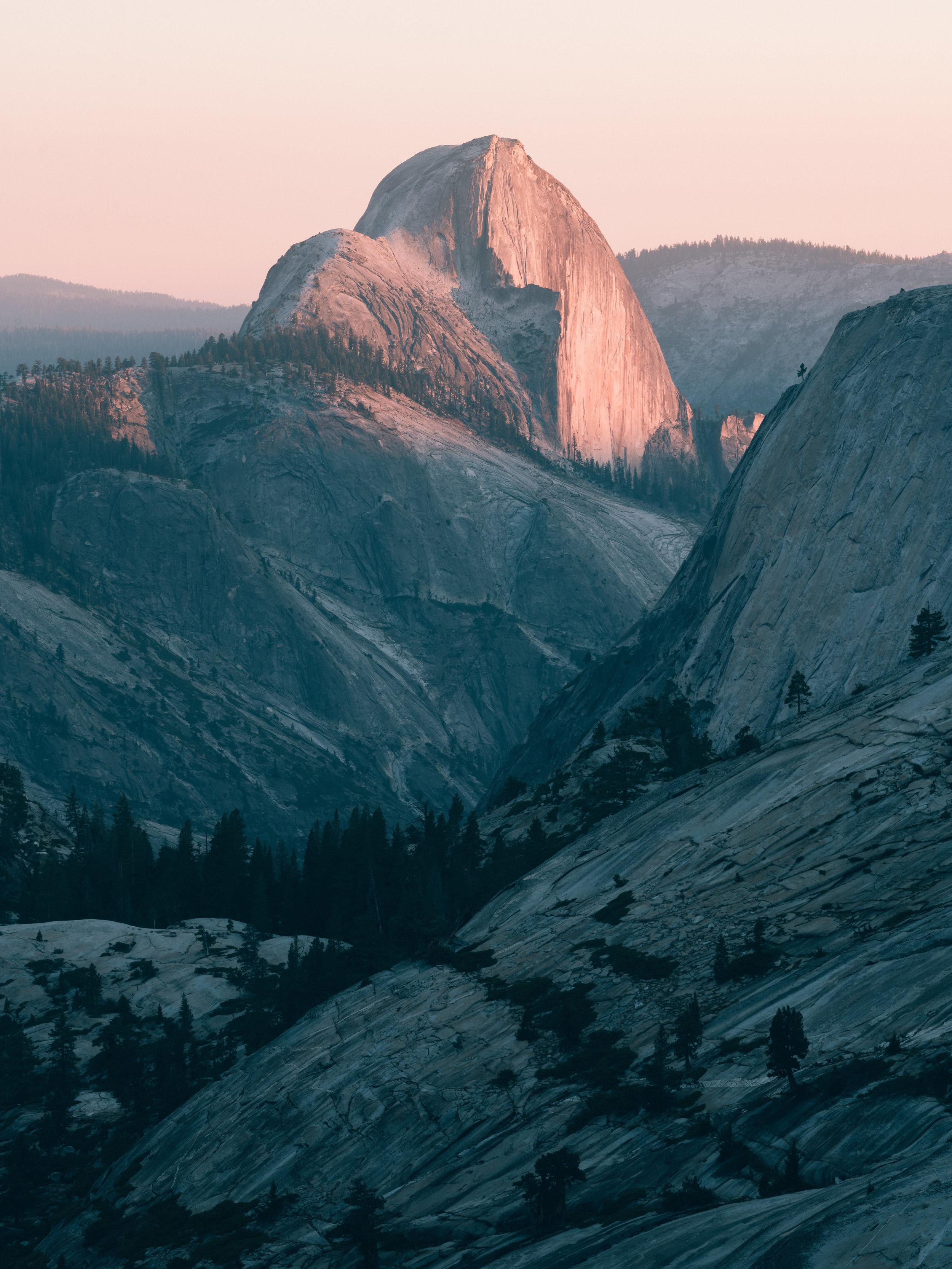 Yosemite_Halfdome.jpg
