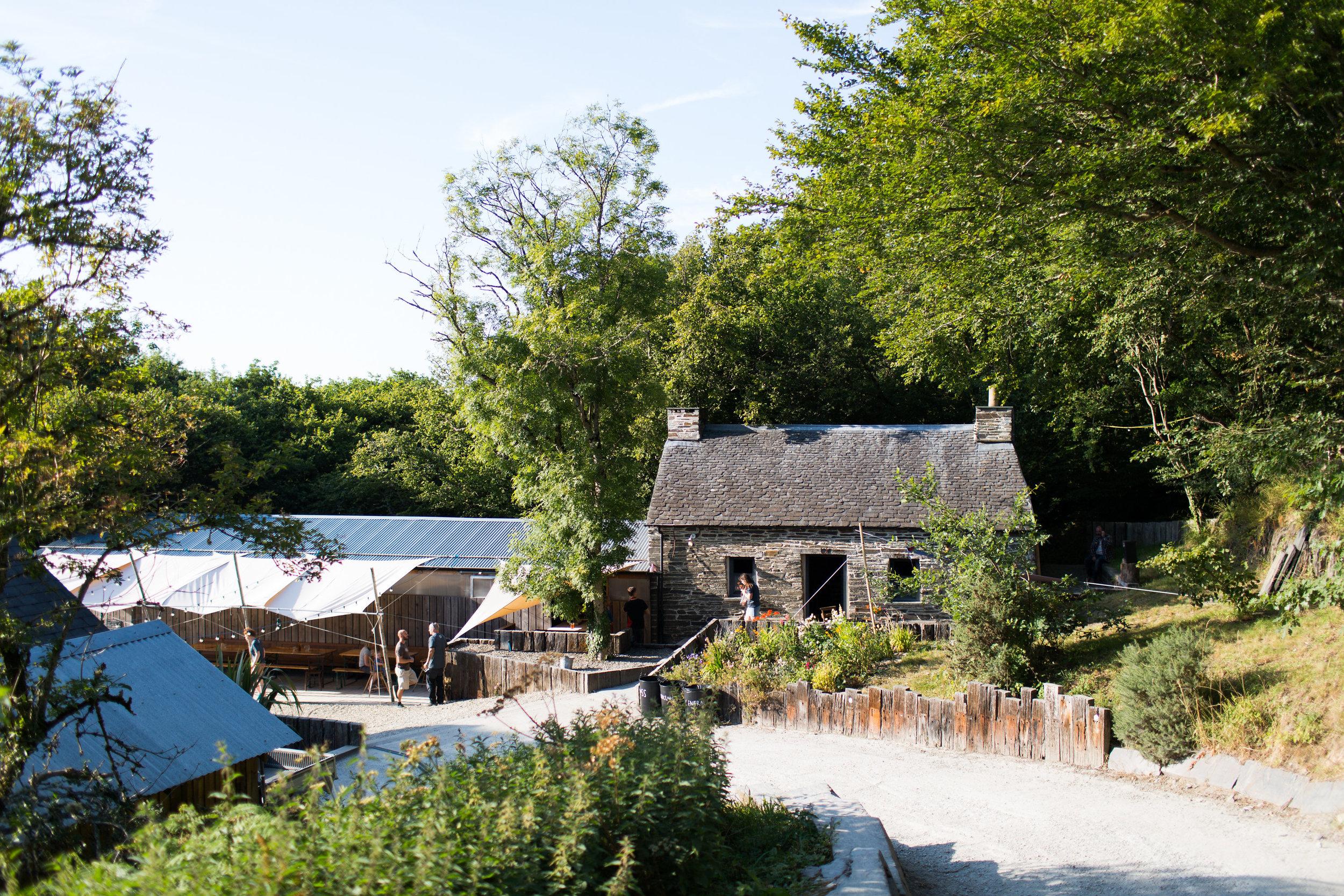 The Bwthyn pub
