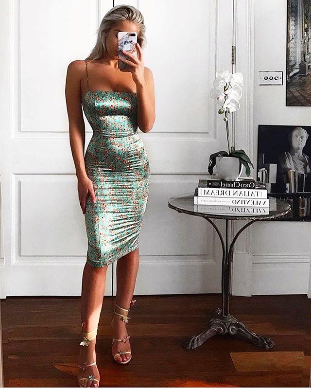 The Ci Ci midi dress • Direct message to order 🌹#phoeberoselondon