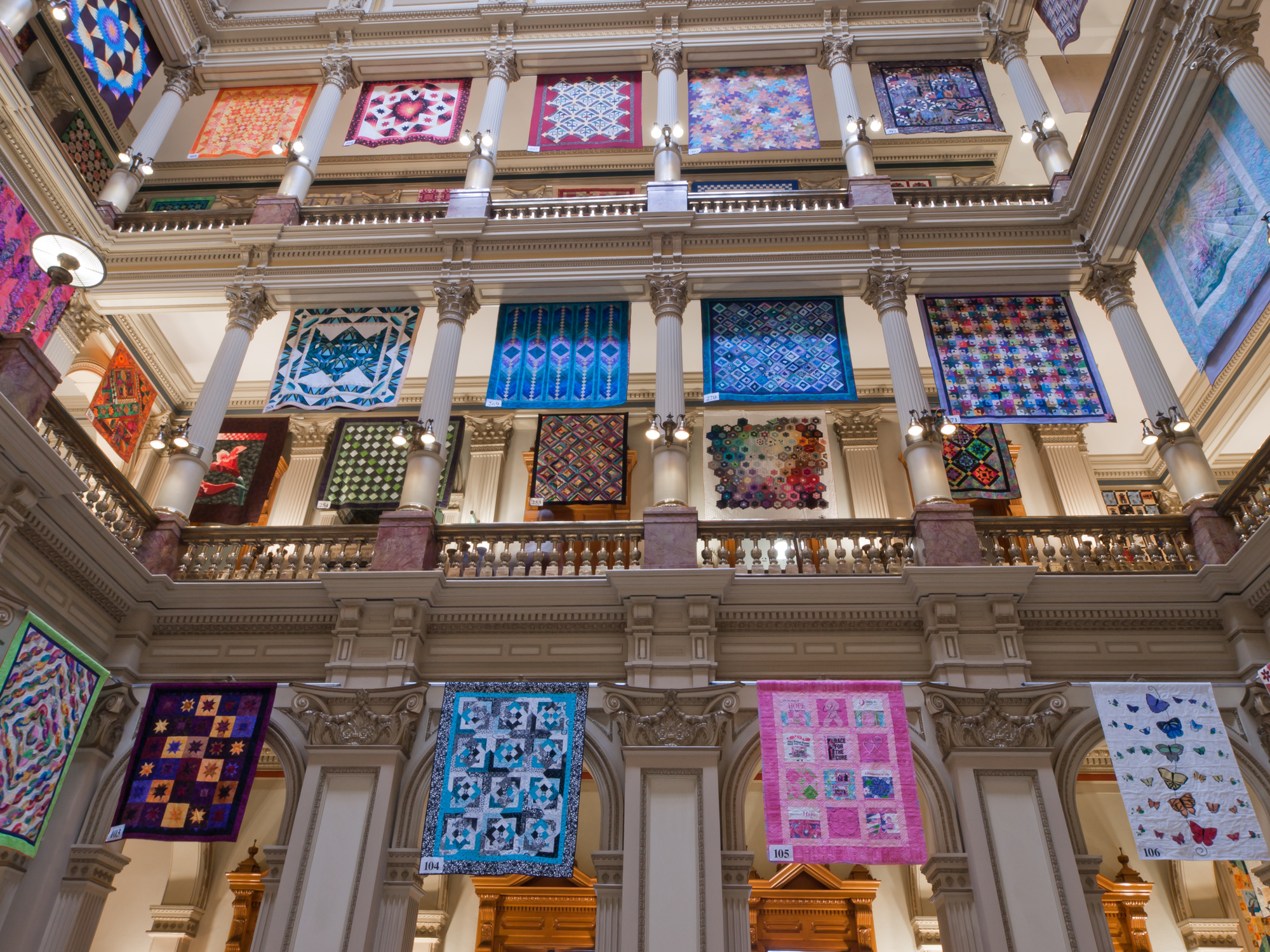 Denver, Colorado: Capitol quilt show 2011. Photo Arinahabich08 | Dreamstime