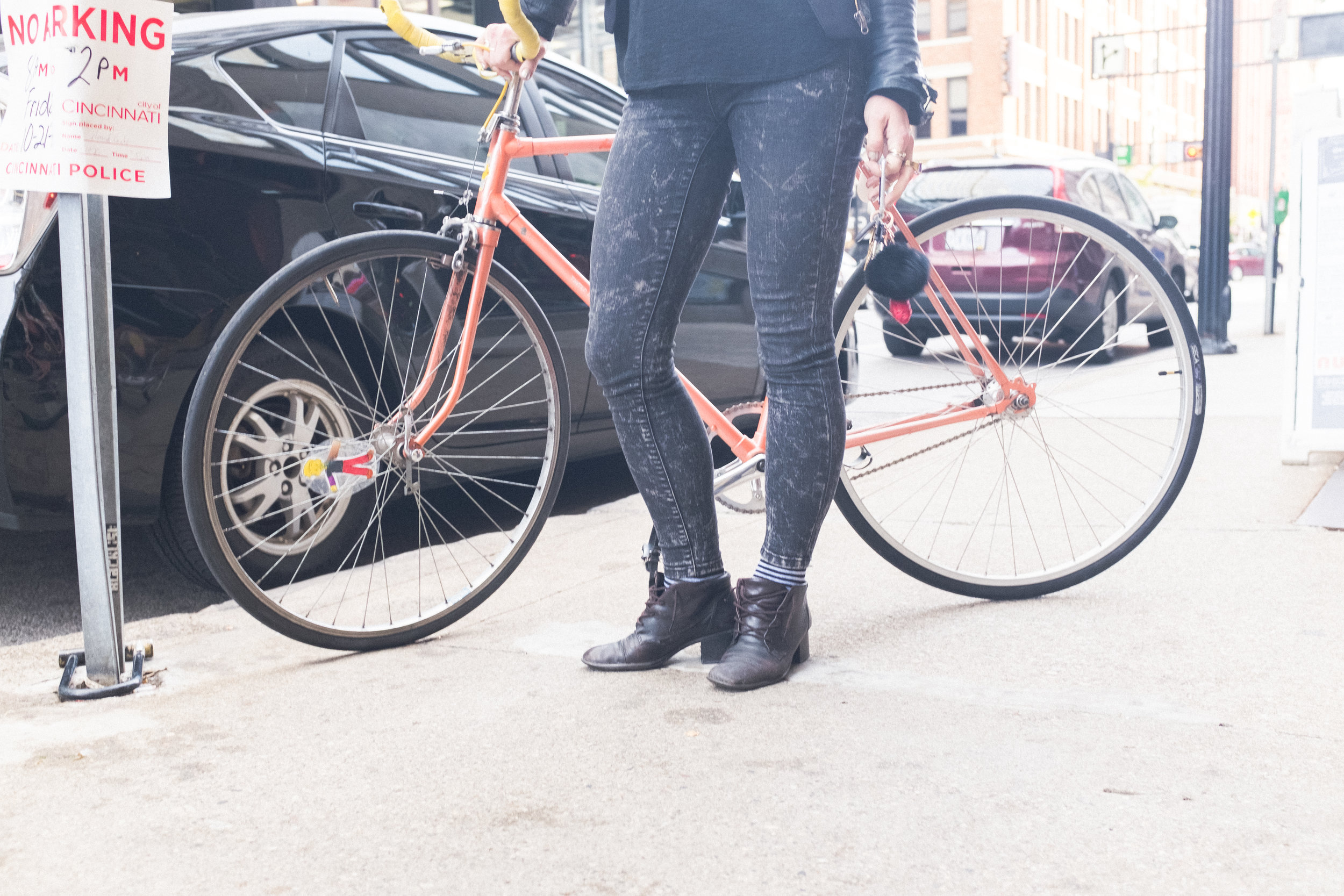 It takes a special kind of person to ride a fixed-gear bike in heels. Janell is that special person.
