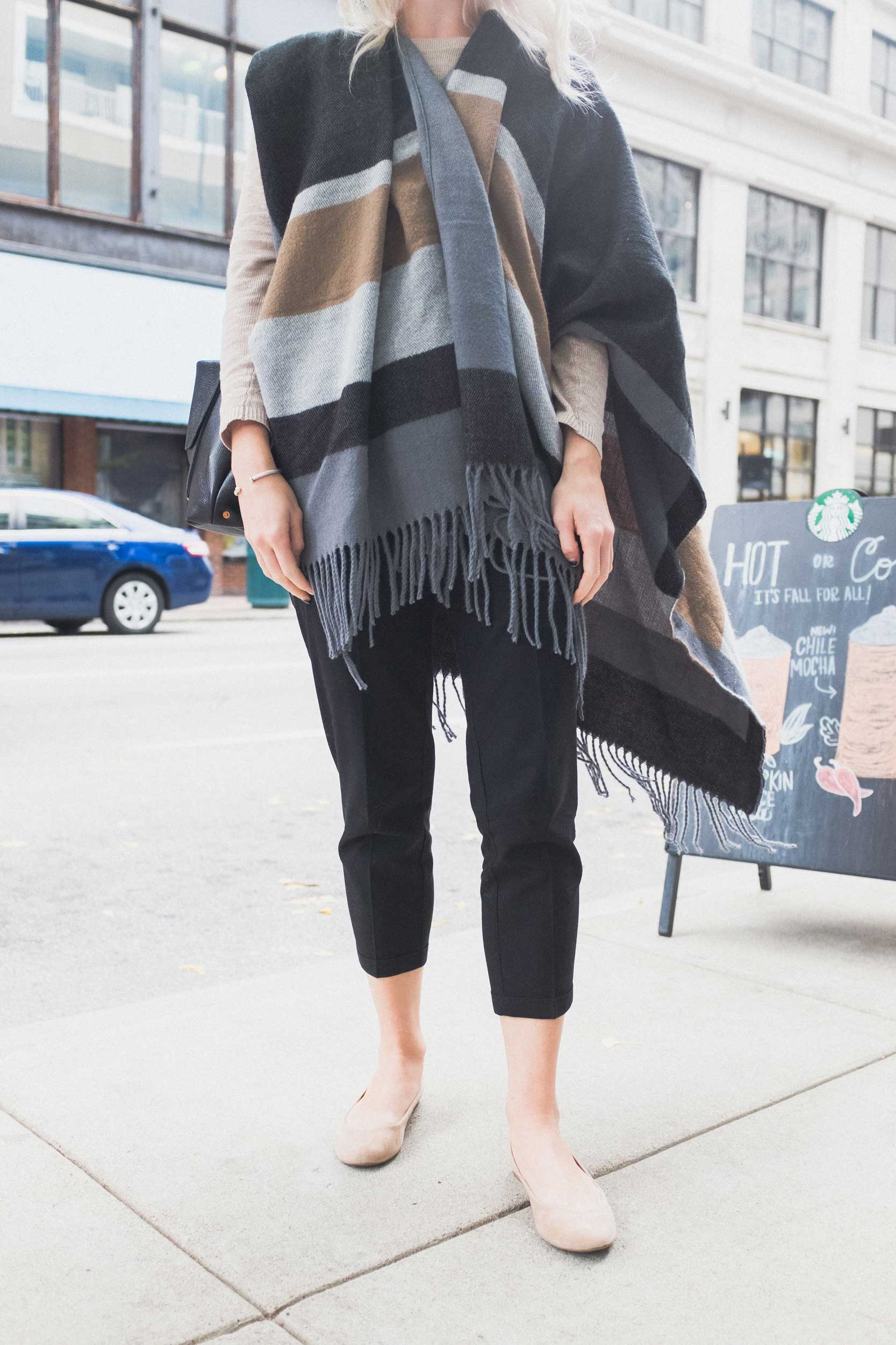 Lauren shows us how good cropped pants can look with nude flats and a perfectly subtle scarf.