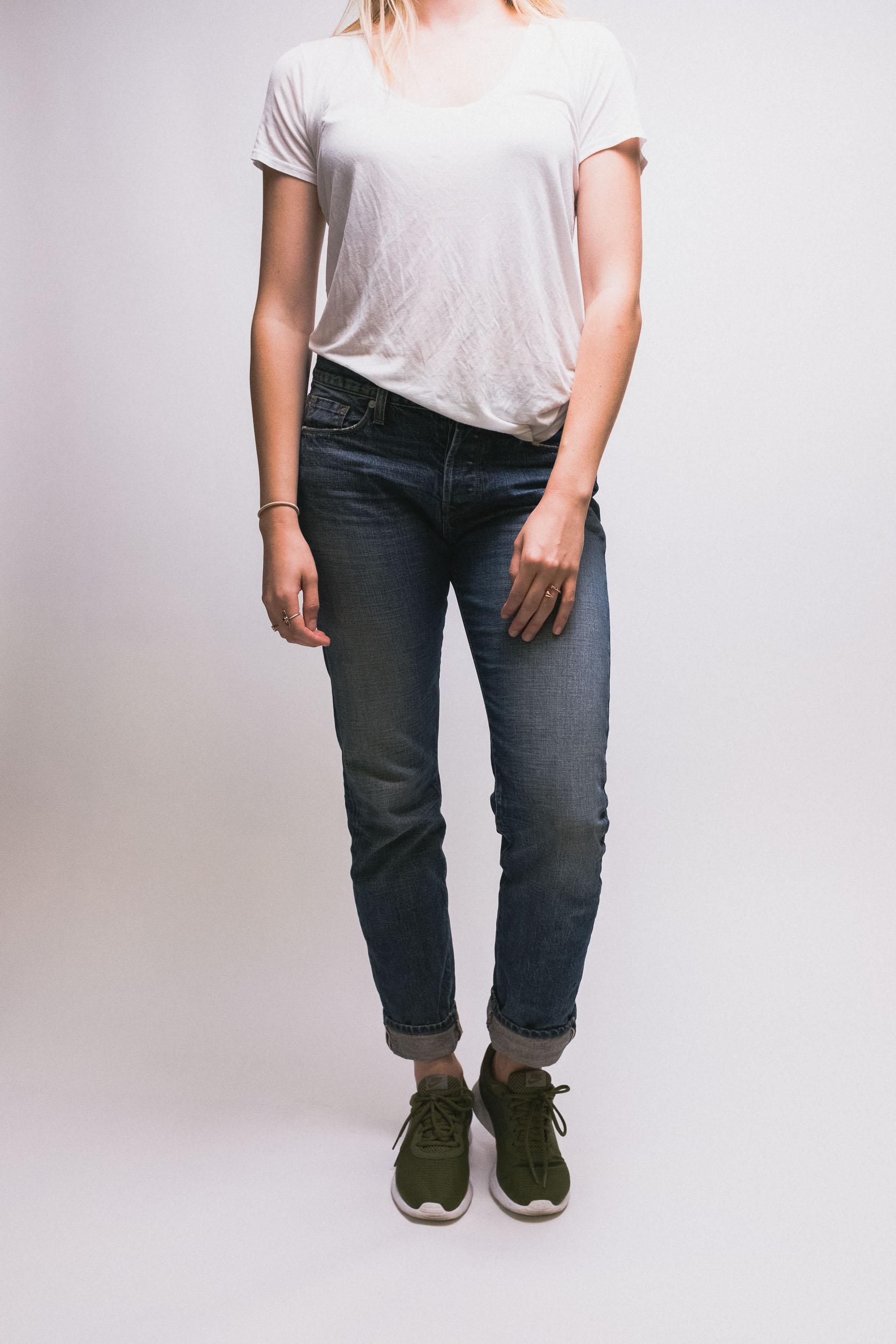 Alexa-Boyfriend-Jeans-1.jpg