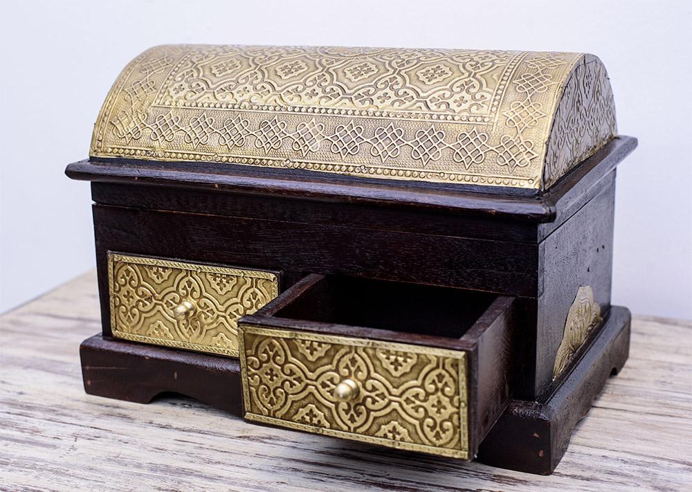 MKM-CasaColonial-Furniture-Jan17-10.jpg