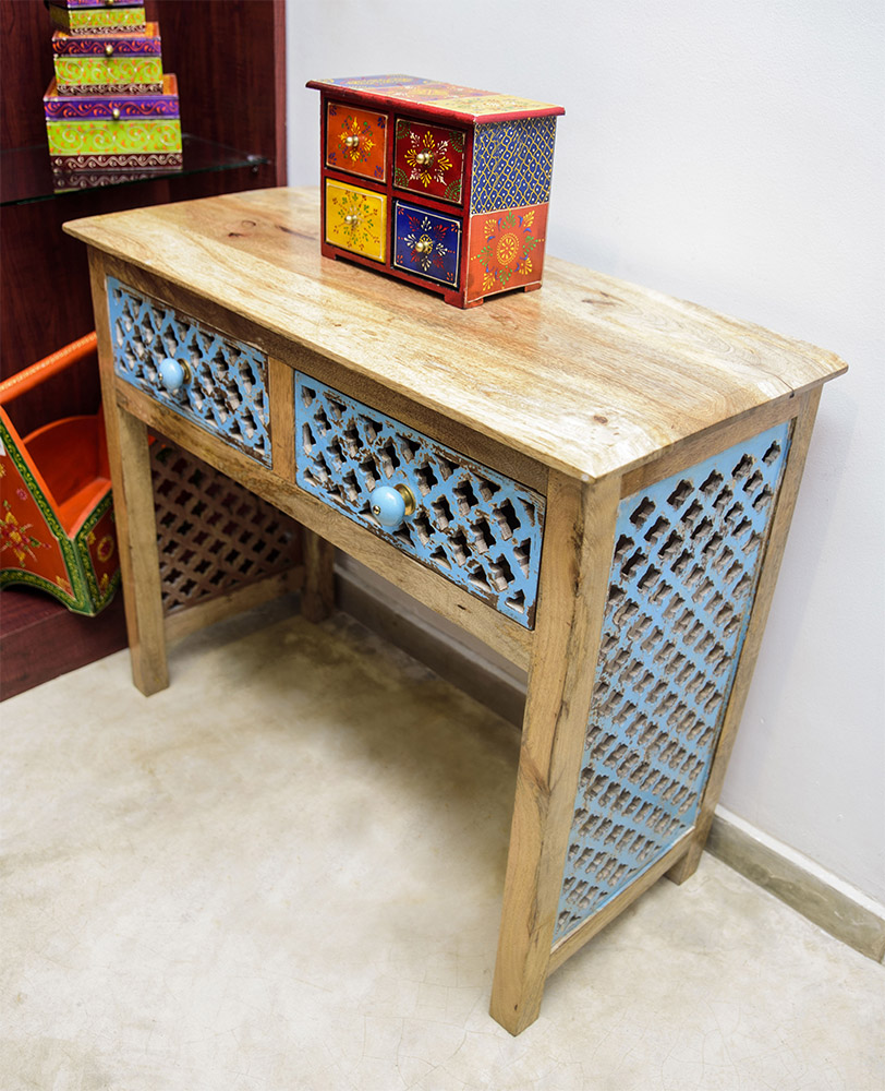 MKM-CasaColonial-Furniture-Jan17-18.jpg