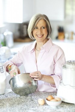 Jennie Schacht - Culinary Writer, Cookbook Author, and Public Health Consultant. Her books include: i scream SANDWICH!, Sweet and Skinny, Wine Lover's Dessert Cookbook, Without Reservations, Farmers' Market Desserts
