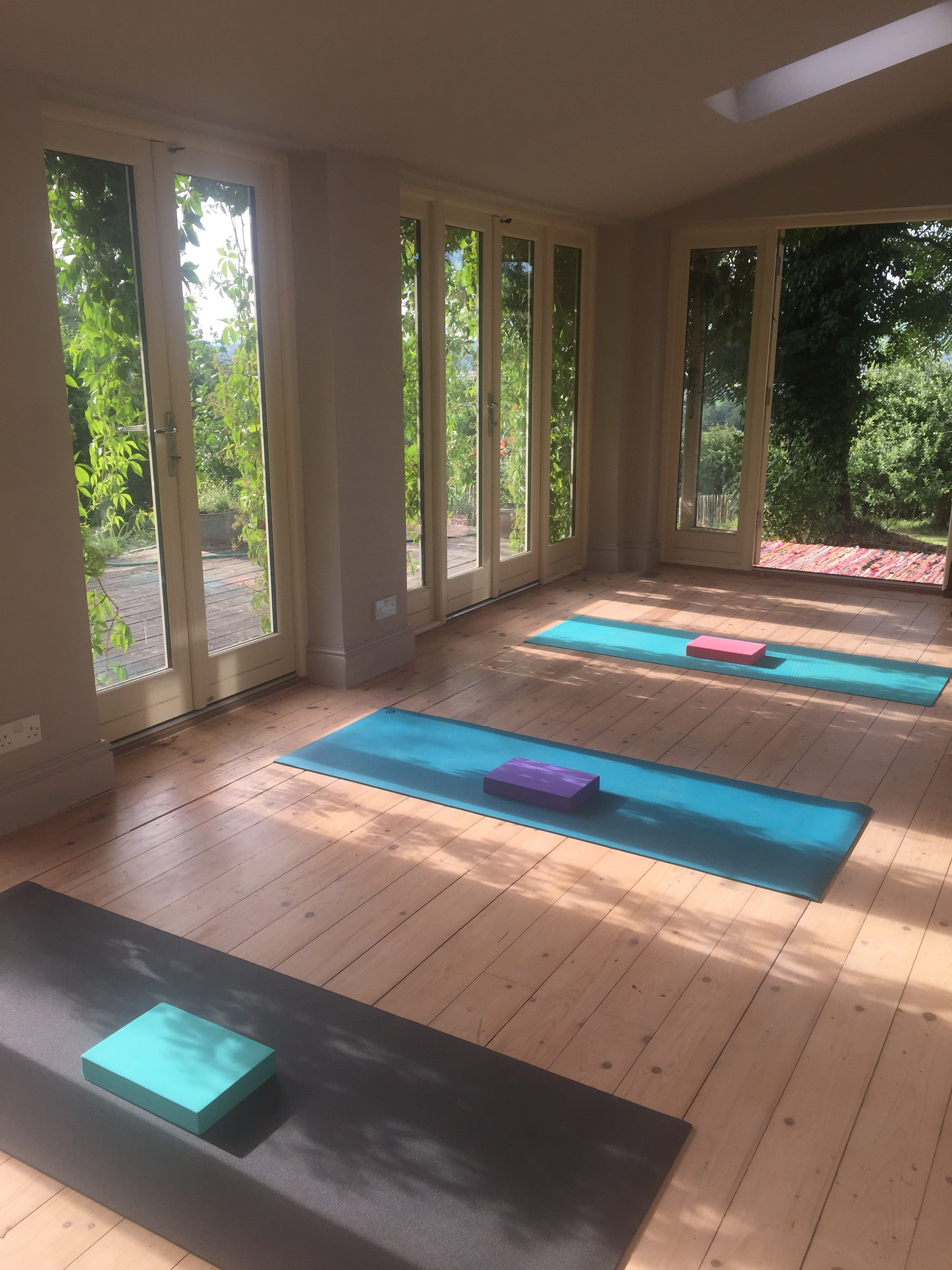 Nurture Yoga - COME TO THE HILLSIDE …Practice yoga in the peace and beauty of a private studio, in small groups or 1-1, led by an experienced practitioner.GROUP CLASSES £10 90 minute classes of 4 or 5 people provide an opportunity to learn sequences of movement appropriate to your individual needs.PRIVATE CLASSES £401 hour sessions if you are new to yoga and wish to learn more personally, or to extend and deepen your practice, or if you have an injury and need special attention.